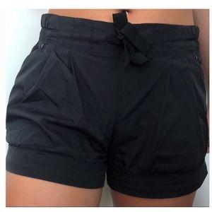 Lululemon Black Tie Shorts Size 6